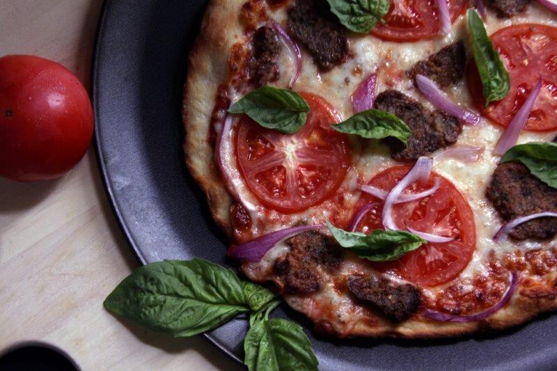 Pizza_MeatballsBasilTomato_Thin_06102015_129